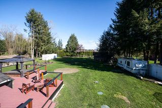 "Photo 18: 23737 46B Avenue in Langley: Salmon River House for sale in ""Strawberry Hills"" : MLS®# R2048347"