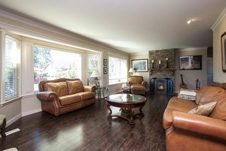 "Photo 4: 23737 46B Avenue in Langley: Salmon River House for sale in ""Strawberry Hills"" : MLS®# R2048347"