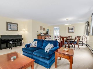 "Photo 3: 5184 SAPPHIRE Place in Richmond: Riverdale RI House for sale in ""RIVERDALE"" : MLS®# R2078811"