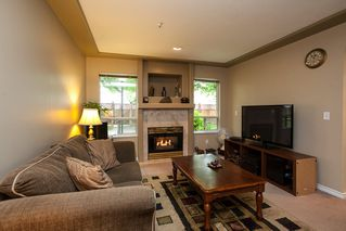 """Photo 3: 107 19908 56 Avenue in Langley: Langley City Townhouse for sale in """"Chenier Place"""" : MLS®# R2078671"""