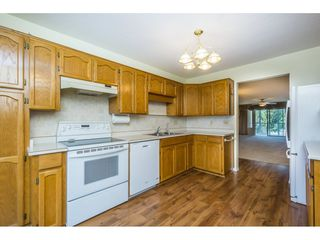 "Photo 8: 48 32691 GARIBALDI Drive in Abbotsford: Abbotsford West Townhouse for sale in ""Carriage Lane"" : MLS®# R2096442"