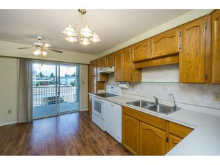 "Photo 7: 48 32691 GARIBALDI Drive in Abbotsford: Abbotsford West Townhouse for sale in ""Carriage Lane"" : MLS®# R2096442"
