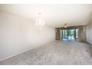 """Photo 3: 48 32691 GARIBALDI Drive in Abbotsford: Abbotsford West Townhouse for sale in """"Carriage Lane"""" : MLS®# R2096442"""