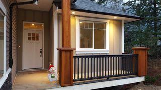 Photo 2: 66037 OGILVIEW Drive in Hope: Hope Kawkawa Lake House for sale : MLS®# R2134724