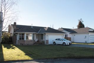"Photo 1: 20950 50B Avenue in Langley: Langley City House for sale in ""Newlands"" : MLS®# R2138822"