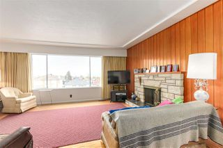 Photo 4: 4550 REID Street in Vancouver: Collingwood VE House for sale (Vancouver East)  : MLS®# R2143983