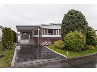 "Photo 2: 106 2303 CRANLEY Drive in Surrey: King George Corridor Manufactured Home for sale in ""Sunnyside"" (South Surrey White Rock)  : MLS®# R2150906"