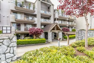 "Main Photo: 318 33478 ROBERTS Avenue in Abbotsford: Central Abbotsford Condo for sale in ""ASPEN CREEK"" : MLS®# R2164406"