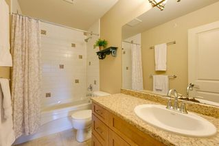"Photo 13: 41707 HONEY Lane in Squamish: Brackendale House 1/2 Duplex for sale in ""Honey Lane"" : MLS®# R2176526"