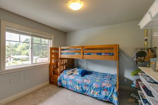 "Photo 14: 41707 HONEY Lane in Squamish: Brackendale House 1/2 Duplex for sale in ""Honey Lane"" : MLS®# R2176526"