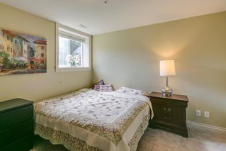 "Photo 16: 41707 HONEY Lane in Squamish: Brackendale House 1/2 Duplex for sale in ""Honey Lane"" : MLS®# R2176526"