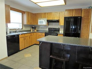 Photo 6: 74 Forest Cove Drive in Winnipeg: Meadows West Single Family Detached for sale (4L)  : MLS®# 1716243