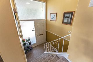 Photo 2: 2705 E 57TH Avenue in Vancouver: Fraserview VE House for sale (Vancouver East)  : MLS®# R2189615