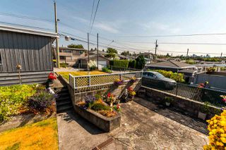 Photo 11: 2705 E 57TH Avenue in Vancouver: Fraserview VE House for sale (Vancouver East)  : MLS®# R2189615