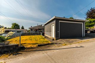Photo 13: 2705 E 57TH Avenue in Vancouver: Fraserview VE House for sale (Vancouver East)  : MLS®# R2189615