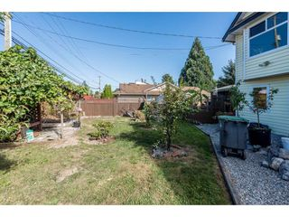 "Photo 2: 16132 96TH Avenue in Surrey: Fleetwood Tynehead House for sale in ""FLEETWOOD"" : MLS®# R2199050"