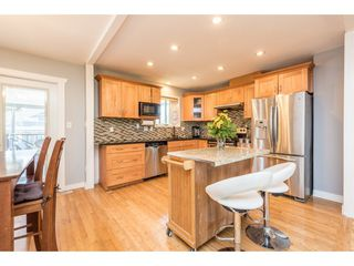 "Photo 7: 16132 96TH Avenue in Surrey: Fleetwood Tynehead House for sale in ""FLEETWOOD"" : MLS®# R2199050"