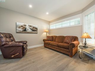 Photo 11: 204 55 Songhees Road in VICTORIA: VW Songhees Condo Apartment for sale (Victoria West)  : MLS®# 383374