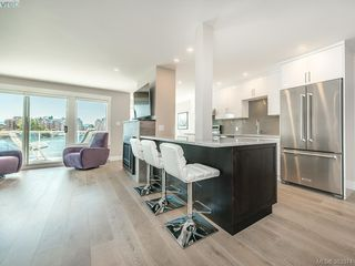 Photo 6: 204 55 Songhees Road in VICTORIA: VW Songhees Condo Apartment for sale (Victoria West)  : MLS®# 383374