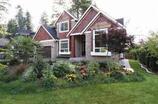 Photo 2: 13002 14A AVENUE in South Surrey White Rock: Home for sale : MLS®# R2005712