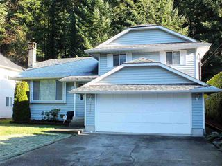 Photo 2: 21464 RICHMOND Drive in Hope: Hope Kawkawa Lake House for sale : MLS®# R2225565