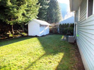 Photo 6: 21464 RICHMOND Drive in Hope: Hope Kawkawa Lake House for sale : MLS®# R2225565