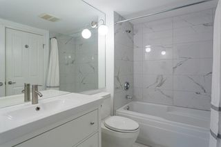 "Photo 11: 107 2575 W 4TH Avenue in Vancouver: Kitsilano Condo for sale in ""SEAGATE"" (Vancouver West)  : MLS®# R2226582"
