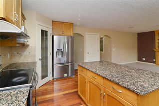 Photo 7: 220 COVEMEADOW Court NE in Calgary: Coventry Hills House for sale : MLS®# C4160697