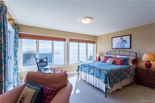 Photo 12: 637 Beach Dr in VICTORIA: OB South Oak Bay House for sale (Oak Bay)  : MLS®# 781017