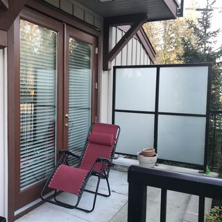 "Photo 3: 17 433 SEYMOUR RIVER Place in North Vancouver: Seymour NV Townhouse for sale in ""Maplewood Place"" : MLS®# R2252080"