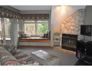 Photo 1: 325 2050 LAKE PLACID ROAD in Whistler Creek: Home for sale : MLS®# R2059081