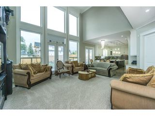 Photo 6: 5437 187 Street in Surrey: Cloverdale BC House for sale (Cloverdale)  : MLS®# R2254678