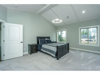 Photo 12: 5437 187 Street in Surrey: Cloverdale BC House for sale (Cloverdale)  : MLS®# R2254678