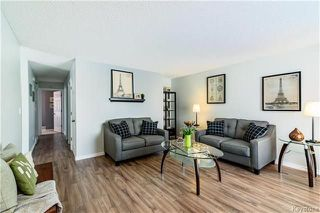 Photo 2: 495 Paddington Road in Winnipeg: River Park South Residential for sale (2F)  : MLS®# 1808177
