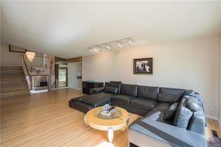 Photo 3: 1552 Mathers Bay in Winnipeg: River Heights South Residential for sale (1D)  : MLS®# 1813683