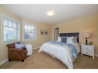 "Photo 13: 17302 1A Avenue in Surrey: Pacific Douglas House for sale in ""Summerfield"" (South Surrey White Rock)  : MLS®# R2272678"