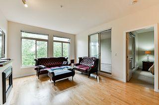 "Photo 4: 315 10180 153 Street in Surrey: Guildford Condo for sale in ""Charlton Park"" (North Surrey)  : MLS®# R2292035"
