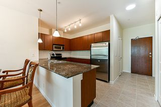 "Photo 2: 315 10180 153 Street in Surrey: Guildford Condo for sale in ""Charlton Park"" (North Surrey)  : MLS®# R2292035"
