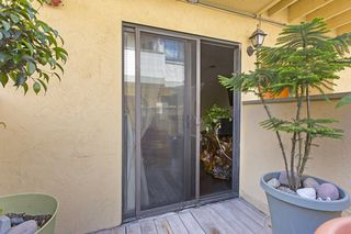 Photo 5: IMPERIAL BEACH Condo for sale : 2 bedrooms : 1463 Hemlock  Ave.