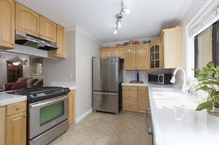 Photo 11: IMPERIAL BEACH Condo for sale : 2 bedrooms : 1463 Hemlock  Ave.