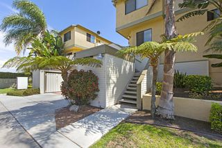 Photo 2: IMPERIAL BEACH Condo for sale : 2 bedrooms : 1463 Hemlock  Ave.