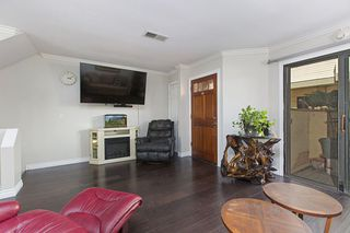 Photo 7: IMPERIAL BEACH Condo for sale : 2 bedrooms : 1463 Hemlock  Ave.