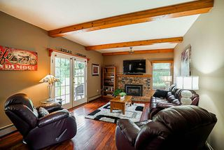 """Photo 5: 15086 73 Avenue in Surrey: East Newton House for sale in """"CHIMNEY HILLS"""" : MLS®# R2301822"""