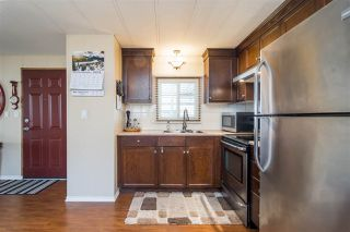 """Photo 9: 44 15875 20 Avenue in Surrey: King George Corridor Manufactured Home for sale in """"SEA RIDGE BAYS"""" (South Surrey White Rock)  : MLS®# R2333311"""