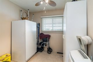 """Photo 16: 44 15875 20 Avenue in Surrey: King George Corridor Manufactured Home for sale in """"SEA RIDGE BAYS"""" (South Surrey White Rock)  : MLS®# R2333311"""