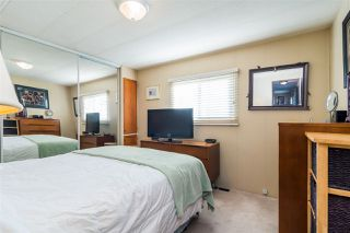 """Photo 12: 44 15875 20 Avenue in Surrey: King George Corridor Manufactured Home for sale in """"SEA RIDGE BAYS"""" (South Surrey White Rock)  : MLS®# R2333311"""