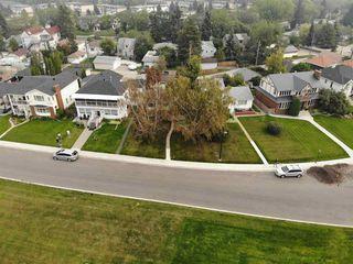 Main Photo: 8953 STRATHEARN Drive in Edmonton: Zone 18 House for sale : MLS®# E4142353