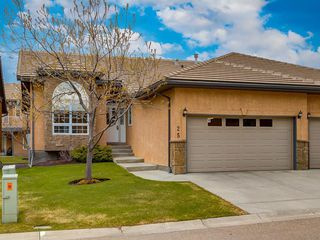 Photo 1: 25 SHANNON ESTATES Terrace SW in Calgary: Shawnessy Semi Detached for sale : MLS®# C4225624