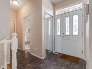Photo 5: 25 SHANNON ESTATES Terrace SW in Calgary: Shawnessy Semi Detached for sale : MLS®# C4225624