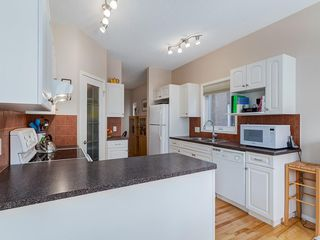 Photo 12: 25 SHANNON ESTATES Terrace SW in Calgary: Shawnessy Semi Detached for sale : MLS®# C4225624
